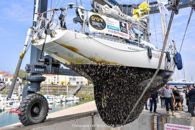 Lo scafo di Tapio Lehtinen al termine del suo giro del mondo a vela (Golden Globe Race)