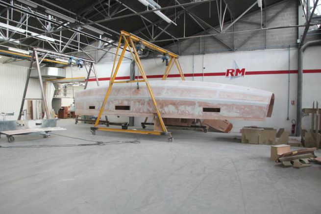 Una barca a vela RM in cambio a Fora Marine