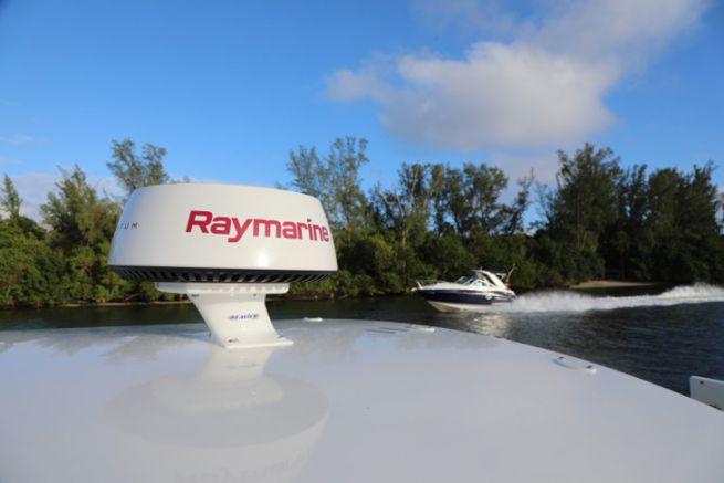 Flir Systems manterrà Raymarine