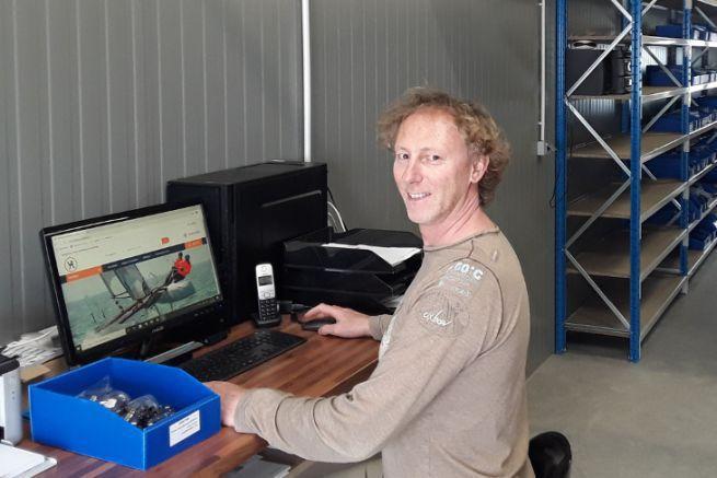 Jean-Noël Héraud lance Yachting Accastillage, fournisseur pour les professionnels de la voile légère