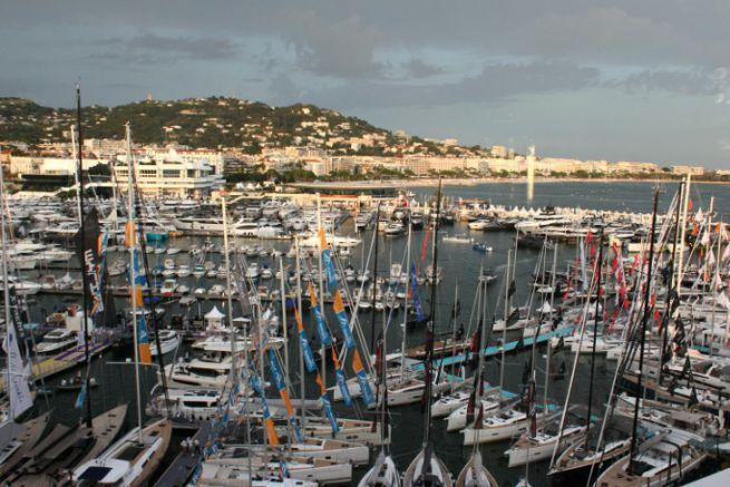 Le nuvole al Festival di Cannes Yachting 2018
