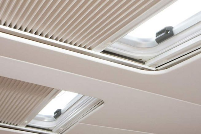 Oceanair ribattezzato Dometic Marine Blinds