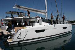 Fountaine Pajot dona 11 milioni di euro al noleggio di barche da sogno