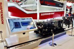 Presentazione motore ibrido marino Yanmar - Transfluid a Yokohama