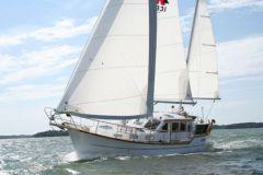 Barca a vela Nauticat 331