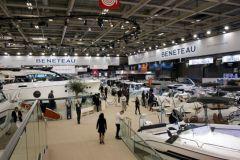Le hall bateau à moteur du Nautic 2018