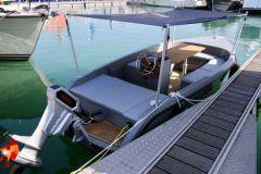 Bateau électrique Rand Boat au Grand Pavois de La Rochelle