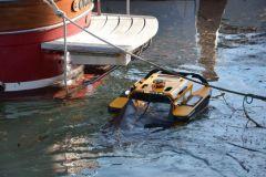 Robot disinquinante Jellyfishbot di IADYS