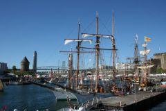 Le golette della marina francese saranno sempre mantenute dal cantiere navale di Guip